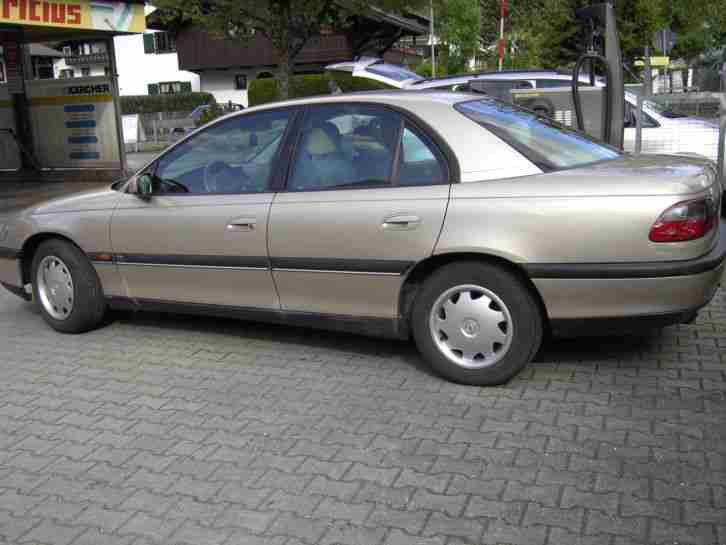 Opel Omega Limousine 2.0 16V Automatic 1.Hand