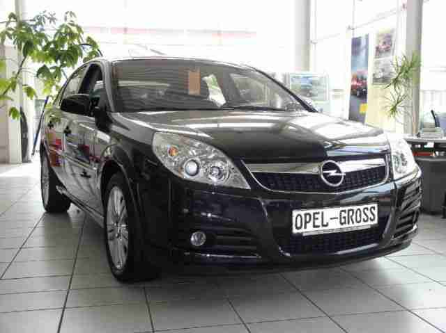 Opel VECTRA Edition 2.2 i 5 trg., Klima MP3