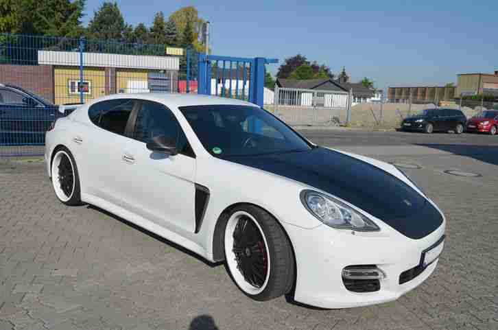 PORSCHE PANAMERA TURBO PDK 1.HAND 22 ZOLL REAR ENTERTAINMENT TV