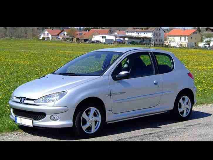peugeot 206 2 0 hdi 90 ps diesel tolle angebote in peugeot. Black Bedroom Furniture Sets. Home Design Ideas
