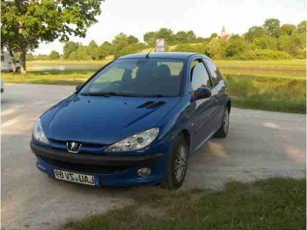 Peugeot 206 , 75 PS , Euro 4 , NR , sehr viel