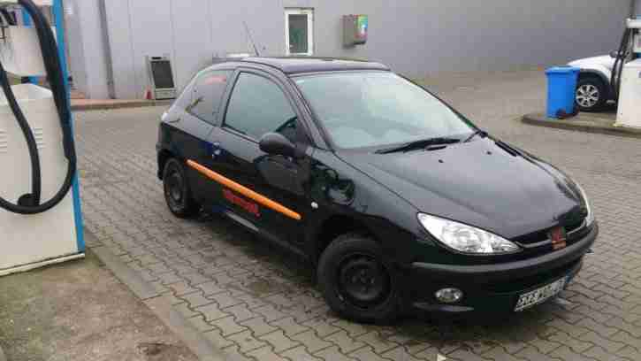 Peugeot 206, 75PS, 192000km, Schiebedach, ZV