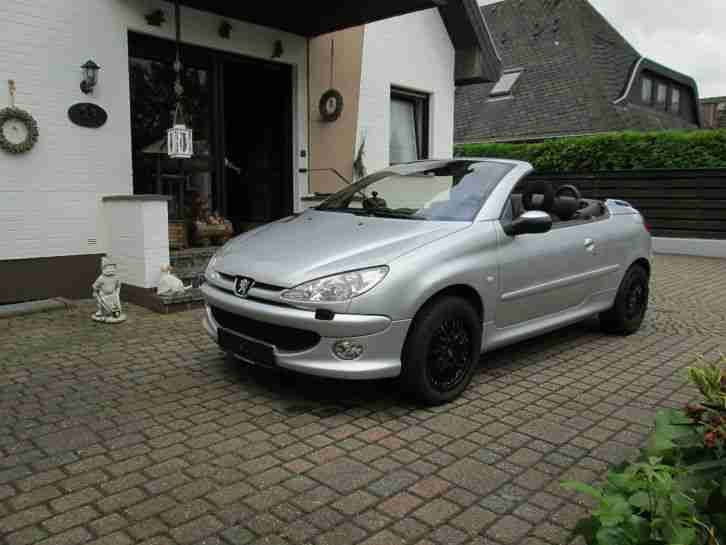 peugeot 206 cc cabrio automatik ez 9 2003 80 kw tolle. Black Bedroom Furniture Sets. Home Design Ideas