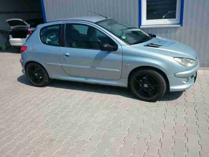 peugeot 206 gti s16 tolle angebote in peugeot. Black Bedroom Furniture Sets. Home Design Ideas