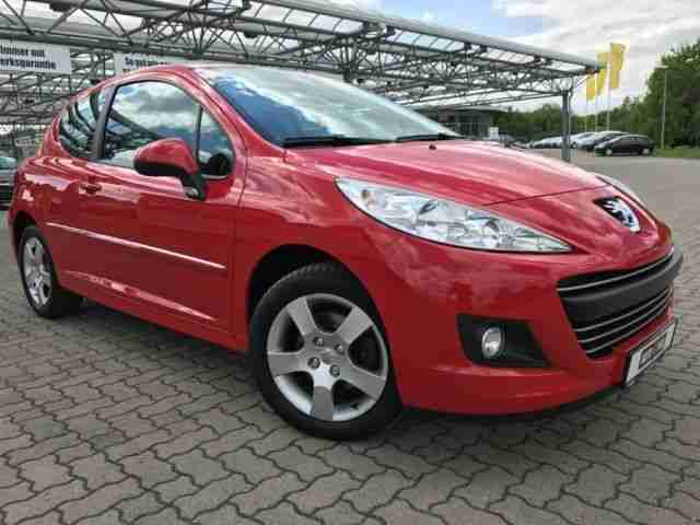 Peugeot 207 1. 6 16v Vti 120 KLIMA RADIO CD MP3 ALU E