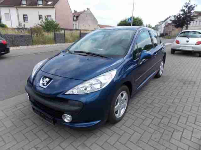 peugeot 207 95 vti klima sitzheizung alufelgen tolle angebote in peugeot. Black Bedroom Furniture Sets. Home Design Ideas