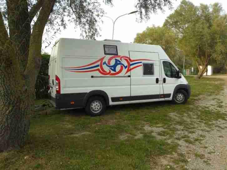 peugeot boxer 3 0 liter 160 wohnmobil bj 2009 wohnwagen. Black Bedroom Furniture Sets. Home Design Ideas