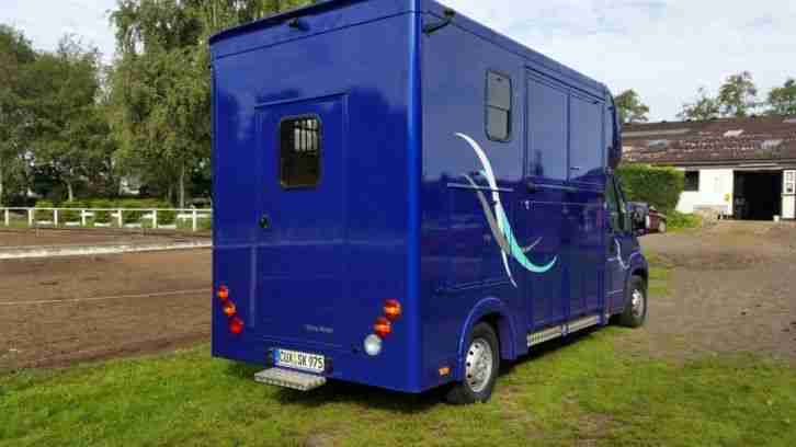 pferdetransporter 3 5t nutzfahrzeuge angebote. Black Bedroom Furniture Sets. Home Design Ideas