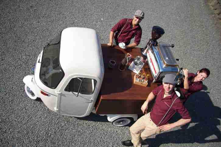 Piaggio Ape von 1964 als Verkaufswagen oder ...