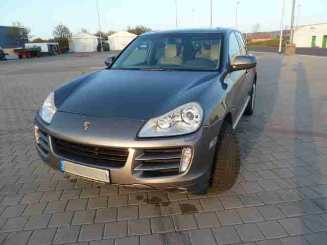 Porsche Cayenne S V 8 in TOP Zustand 2008 Model