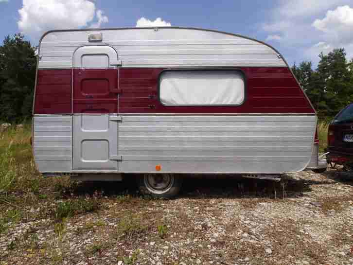 qek 325 in sehr gutem zustand gepflegt t v neu wohnwagen. Black Bedroom Furniture Sets. Home Design Ideas