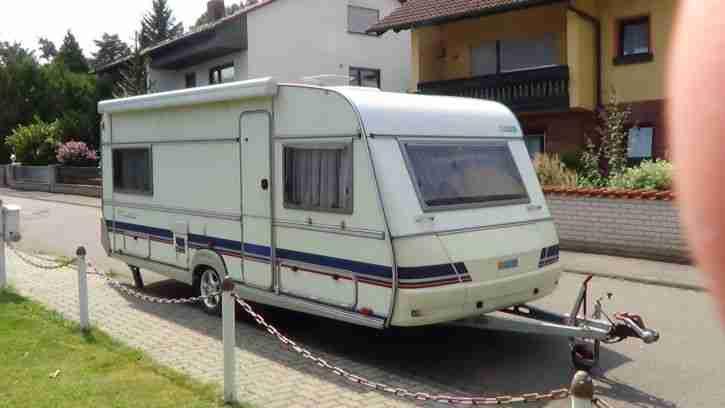 reisefertiger wohnwagen wilk luxus liner de wohnwagen wohnmobile. Black Bedroom Furniture Sets. Home Design Ideas