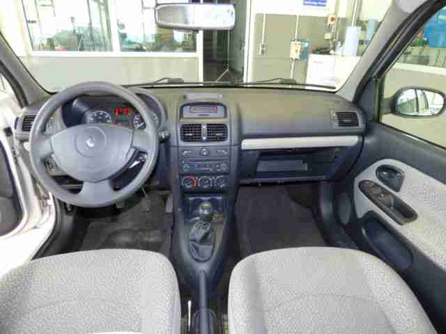 Renault Clio II Campus,KLIMA,SERVO,ABS,AIRBAGS