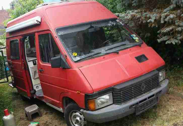 wohnwagen gebrauchtwagen alle wohnwagen renault g nstig. Black Bedroom Furniture Sets. Home Design Ideas