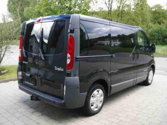 renault dci 115 passenger l1h1 tolle angebote in renault. Black Bedroom Furniture Sets. Home Design Ideas