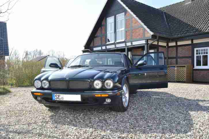 STATUSSYMBOL Jaguar XJ8 SPORT in EMERALD GREEN