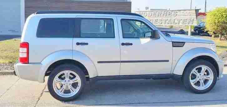 suv dodge nitro 2 8 allrad bj 2008 diesel angebote dem auto von anderen marken. Black Bedroom Furniture Sets. Home Design Ideas