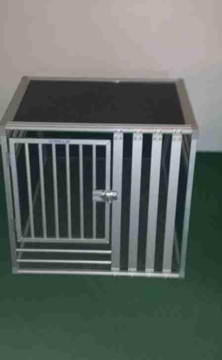schmidt hundebox f r skoda octavia kombi tolle angebote. Black Bedroom Furniture Sets. Home Design Ideas