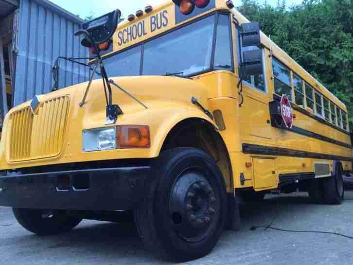 schoolbus bus t v 12 2016 gr ne plakette die besten angebote amerikanischen autos. Black Bedroom Furniture Sets. Home Design Ideas