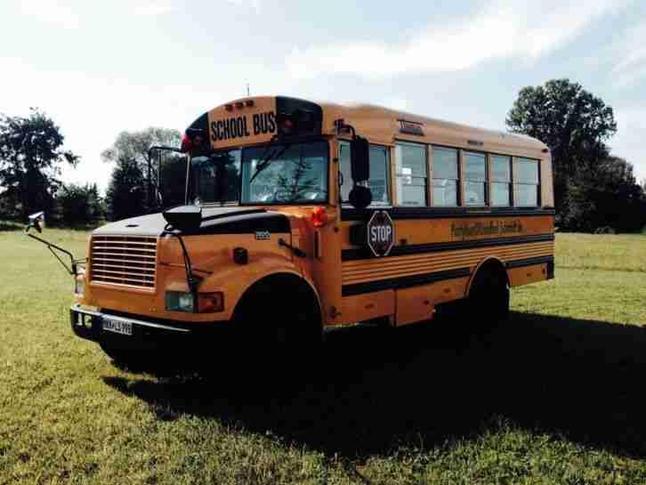 schoolbus partybus t v 15 sitzpl tze incl die besten. Black Bedroom Furniture Sets. Home Design Ideas