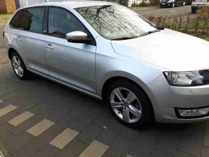 Rapid Spaceback 1.6Tdi Joy Navi Xenon AHK