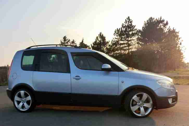 Skoda Roomster Scout 1.9 tdi DPF top Scheckheft Standheizung AHZV Panoramadach