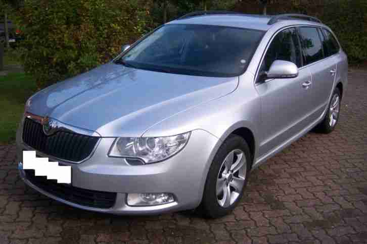 Skoda Superb 2,0 TDI DPF Combi Ambition 6-Gang Tempomat bluetooth EZ:2011