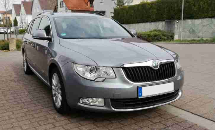 Skoda Superb Combi 1.8 TSI Exclusive Xenon Navigation AHK 160 PS