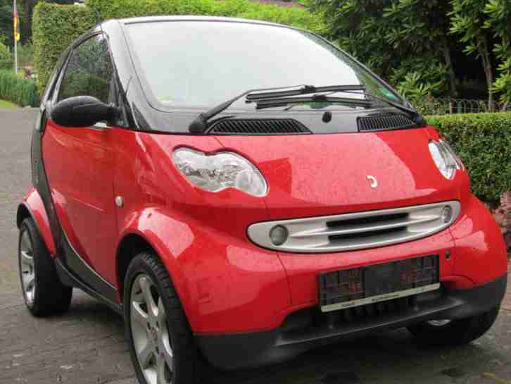 Smart FORTWO Coupe mit Panoramadach und
