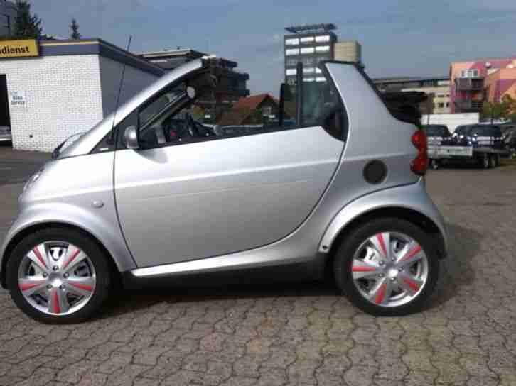smart fortwo cabrio vollausstattung leder grosse menge von smart fahrzeugen. Black Bedroom Furniture Sets. Home Design Ideas