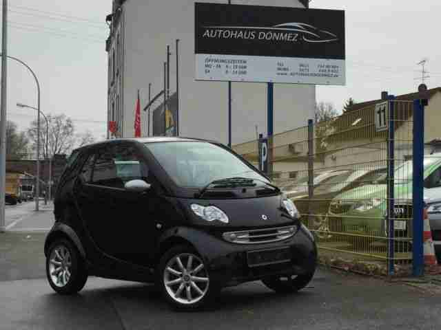 Smart ForTwo passion *Klima-Panoramadach-SHZ*