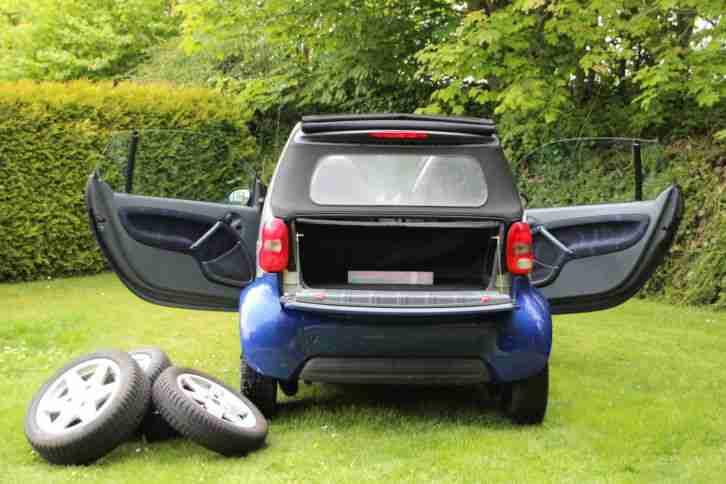 smart pulse cabrio mit motorschaden grosse menge von smart fahrzeugen. Black Bedroom Furniture Sets. Home Design Ideas