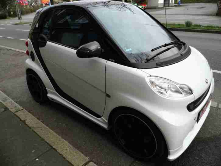 fortwo Coupe Pulse Schwarz Weiß