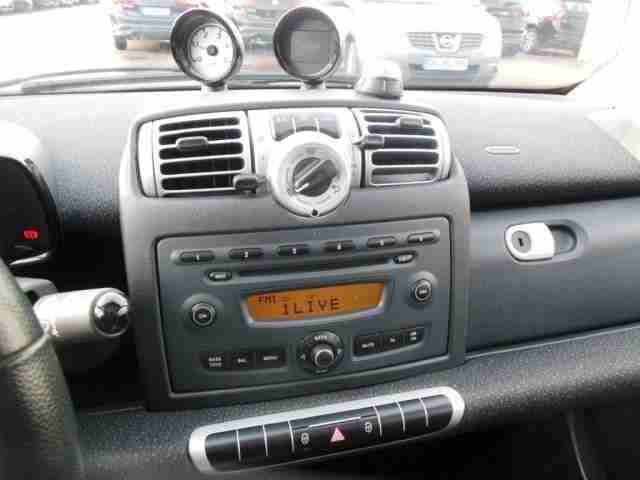 Smart fortwo coupe CDi Klima Bluetooth Panorama