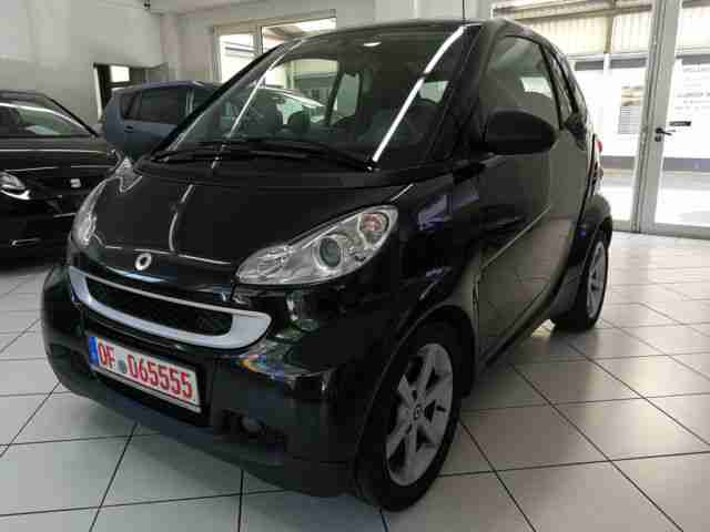 Smart fortwo coupe PULSE Klimaaut. 8 Fach bereift F1