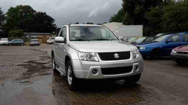 Suzuki Grand Vitara 1.6 Club TÜV NEU