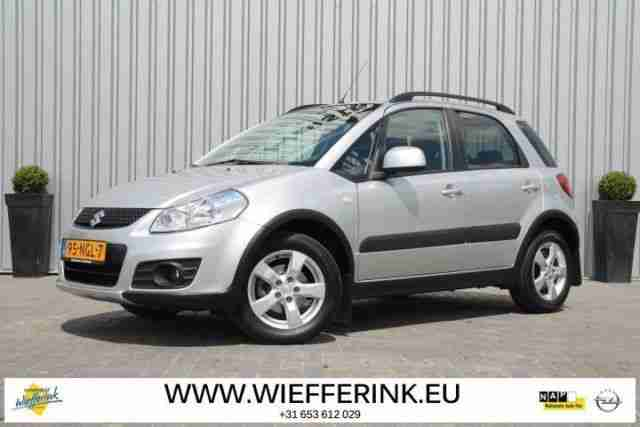 SX4 1.6 EXECUTIVE ESP, navi, sitzh.