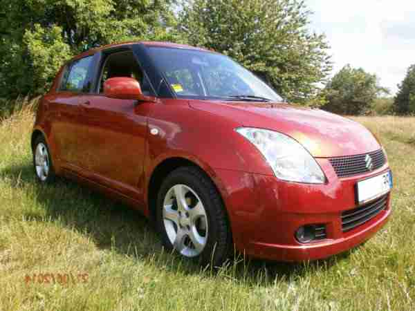 Suzuki Swift 1.3 A M T Comfort