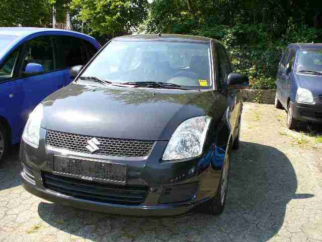Suzuki Swift 1.3 Club Euro4 Klima 76000km
