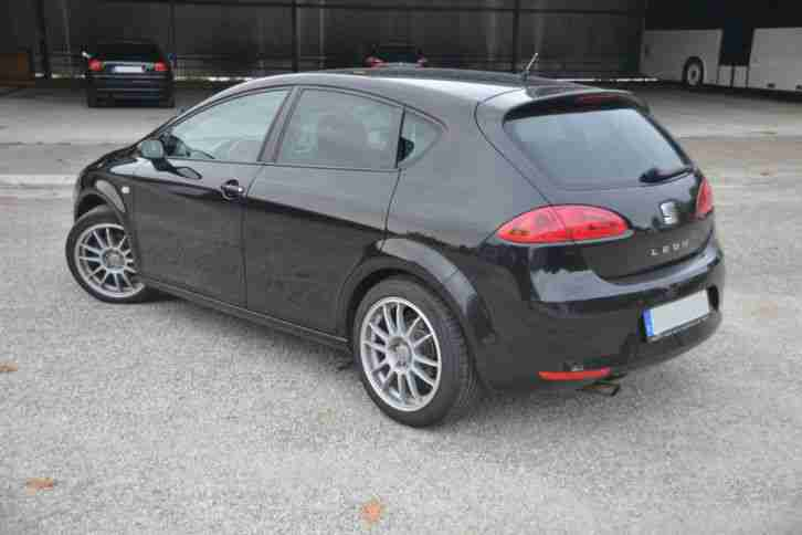top seat leon 1p stylance 1 9 tdi dpf diesel autos f r verkauf marke seat. Black Bedroom Furniture Sets. Home Design Ideas