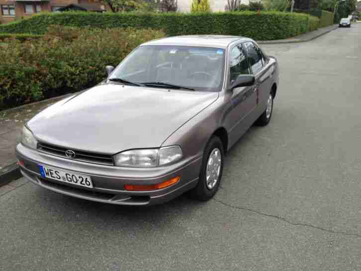 TOYOTA Camry 2.2 US Version V10 Limo mit Vollausstattung AHK