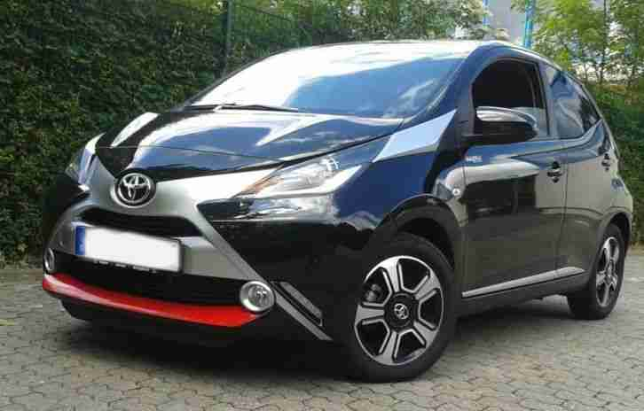 toyota aygo x clusiv mit vollaustattung modell tolle. Black Bedroom Furniture Sets. Home Design Ideas