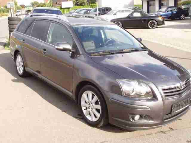 Toyota Avensis 1.8 VVT i Combi Edition LPG Gas
