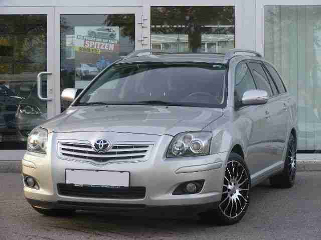 Avensis 2.0 D 4D Combi Travel