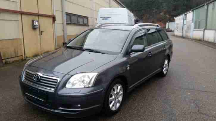 Avensis 2.2 d cat combi Executive.2 hand