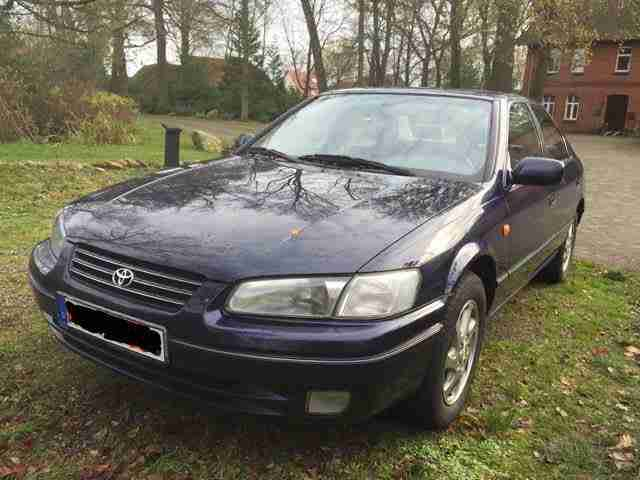 Toyota Camry 3, 0 V6 Automatik, Bj.98, 1.Hand, Alle Extras, Leder, Standheizung