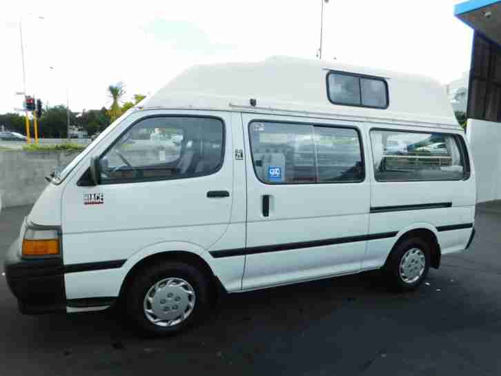 Toyota HiAce Campervan – full equipped in New Zealand