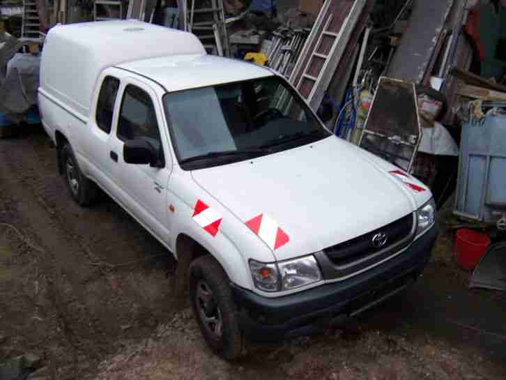 Toyota Hilux, Allrad, Pick up, King Cab, Hard Top, 4x4 mit TÜV