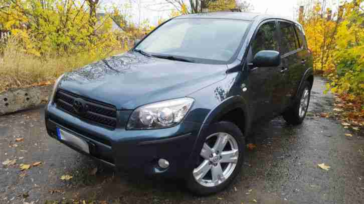 Toyota RAV4 2.2 D CAT 177 PS Executive Vollausstattung Leder Navi Allrad AHK SUV