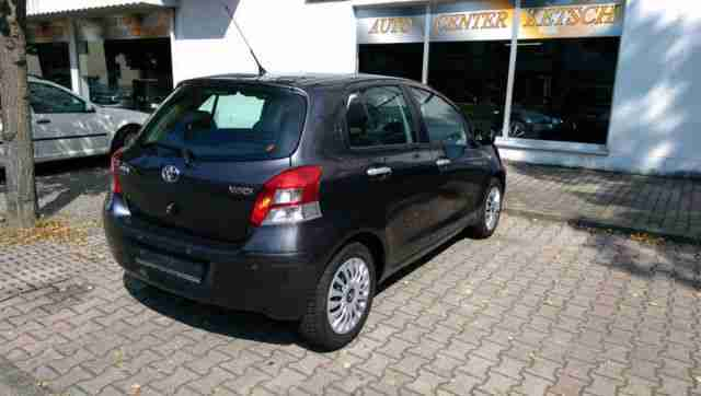 toyota yaris vvt i executive tolle angebote in toyota. Black Bedroom Furniture Sets. Home Design Ideas